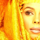 Обои golden veiled beauty mallika sherawat